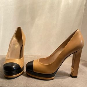 Vintage CHANEL Two-Toned heels - hard to find!
